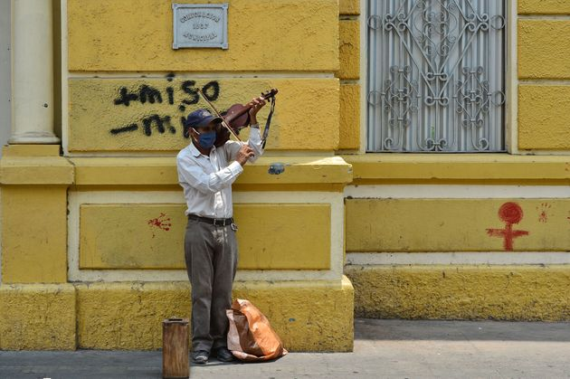 Ένας βιολιστής σε δρόμο...
