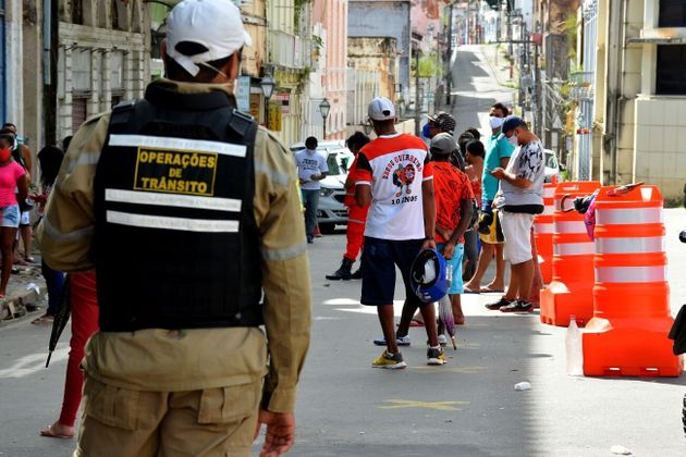 Os estados do Pará e Pernambuco estudam adotar o lockdown. Medida já está em vigor...