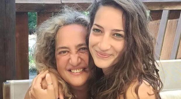 Le ceneri di Elena Aubry rubate da un necrofilo in cerca del