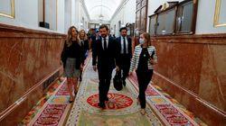Casado se abstendrá pero exige en un durísimo discurso un plan B a Sánchez en quince