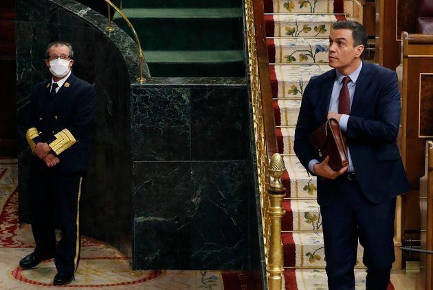 Sánchez logra 'in extremis' el apoyo del Congreso a la prórroga del estado de