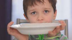 Πανδημία: Σχεδόν 1 στα 5 παιδιά στις ΗΠΑ δεν τρώνε όταν πεινούν - Μητέρες δηλώνουν αδυναμία να τα