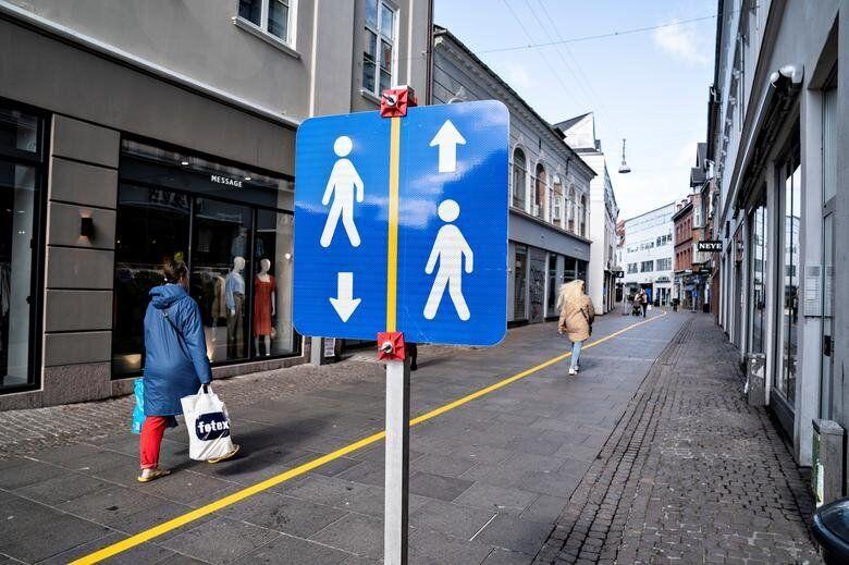 Αλμποοργκ, Δανία: Κίτρινη...