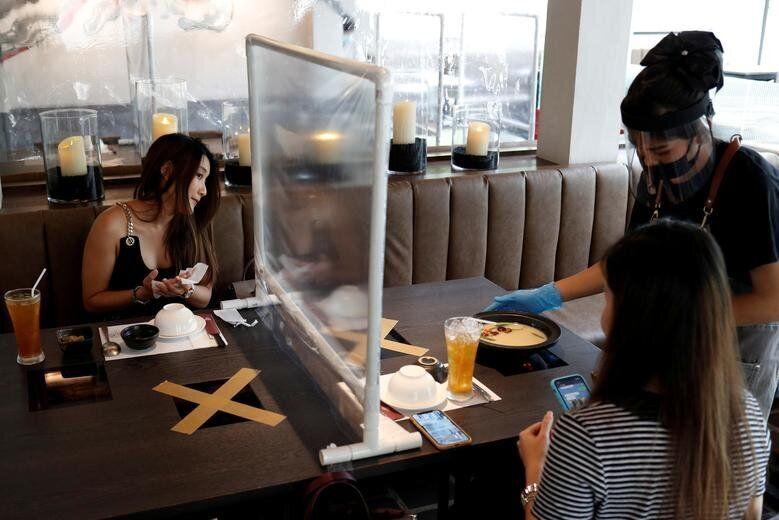 Μπαμγκόνγκ, Ταϊλάνδη: Πλαστικό...