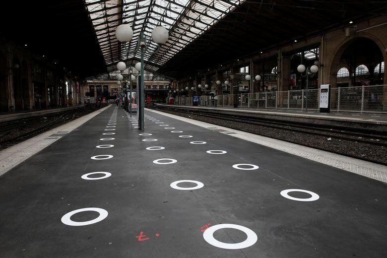 Παρίσι, Γαλλία: Σε αυτούς...