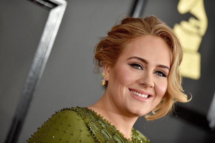 Adele lors des 59e Grammy Awards, en 2017