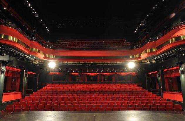 Διονύσης Παναγιωτάκης, θεατρικός παραγωγός: Επιστροφή σε προ κρίσης ρυθμούς την άνοιξη του