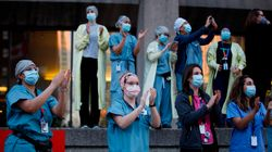 캐나다가 간호사, 병원 청소원 등 '필수 노동자'의 임금을