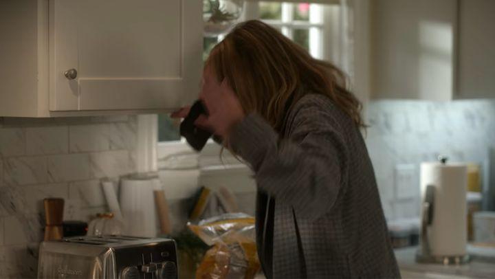 "Christina Applegate in ""Dead to Me"""