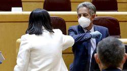 Miguel Ángel Revilla, indignado durante la rueda de prensa de Illa y Simón: