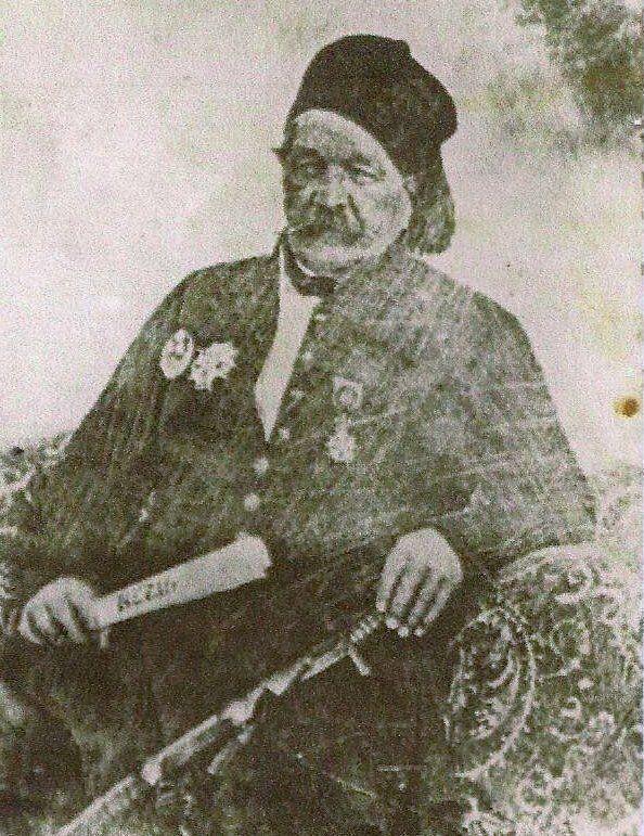 Ο Γάλλος από τη Λυών, Joseph Anthelme Sève μετέπειτα ονομάστηκε SüleymanPaşa , παντρεύτηκε μιά Ελληνίδα...
