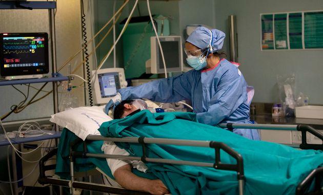 Ιταλία: Οι ασθενείς με Covid-19 τώρα είναι σε λιγότερο σοβαρή κατάσταση - Η ασθένεια μοιάζει να
