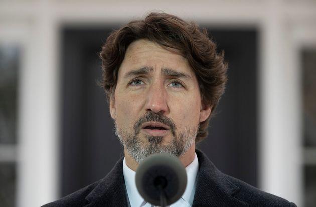 Le premier ministre Justin Trudeau prend la parole lors d'une séance d'information quotidienne à Ottawa...