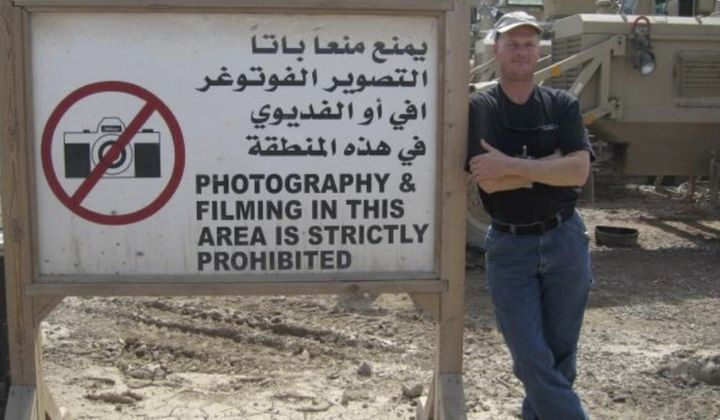 Mark Frerichs, a contractor from Illinois, poses in Iraq in this undated photo obtained from Twitter that he would include wi