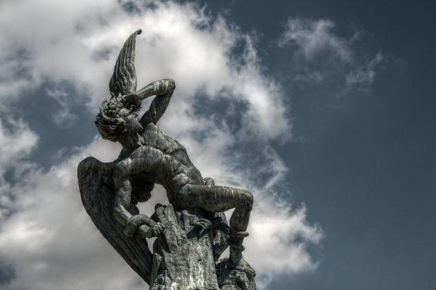 Ángel Caído (obra de Ricardo Bellver, 1877. Parque de El Retiro. Madrid)Foto: Felipe...