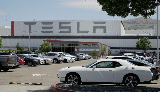 테슬라의 미국 내 유일한 생산시설인 캘리포니아주 프리몬트 공장. 2020년