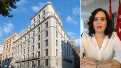 88 metros cuadrados, dos terrazas y muebles de mercadillo: el lujoso apartamento de Ayuso para el