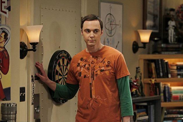 Jim Parsons, ici jouant le rôle de Sheldon Cooper dans