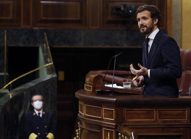 El líder del PP, Pablo Casado, durante un pleno en el Congreso de los
