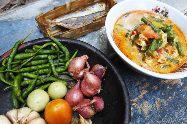 Το πιάτο της Γιογκακάρτα που τερμάτισε την πανούκλα – Τώρα ελπίζουν ότι θα κάνει το ίδιο και με τον