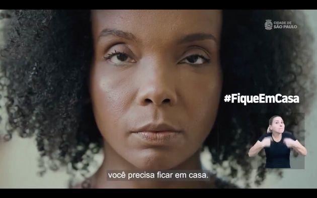 Thelma do 'BBB' pede para as pessoas respeitarem a quarentena em vídeo da prefeitura de São