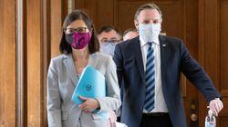 Legault encourage tous les Québécois à porter un masque en