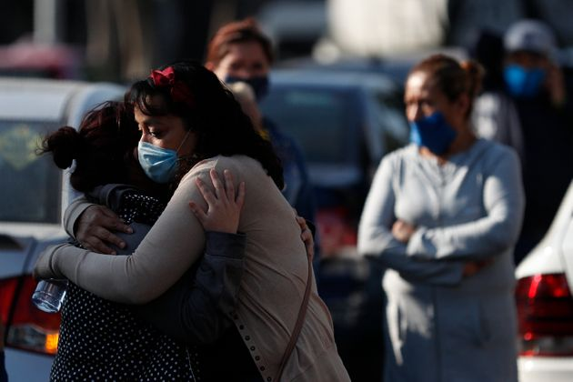 Σοροί η μία πάνω στην άλλη – Η αποκάλυψη διεθνούς δικτύου για τον πραγματικό αριθμό των νεκρών στο