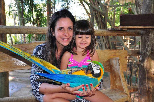 Letícia e a filha em