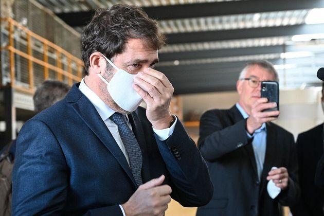 Le port du masque obligatoire est-il compatible avec la loi