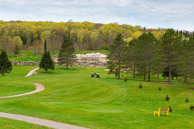 Une reprise graduelle pour le golf et le