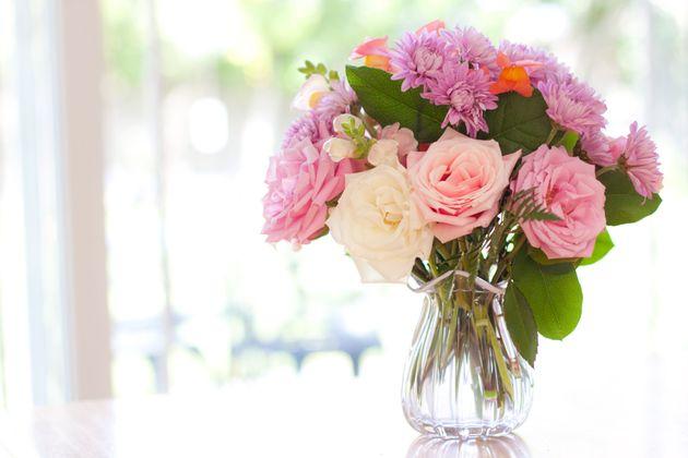 おうち時間が長くなっている今こそ「花のある暮らし」を…。
