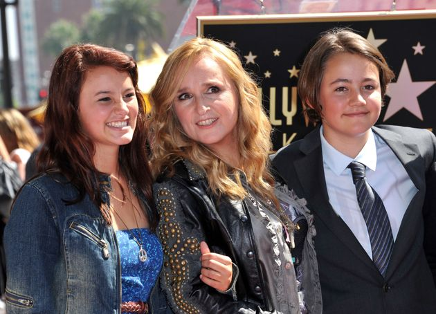 Melissa Etheridge (C) posing with her son Beckett (R) and her daughter Bailey during her Walk of Fame...