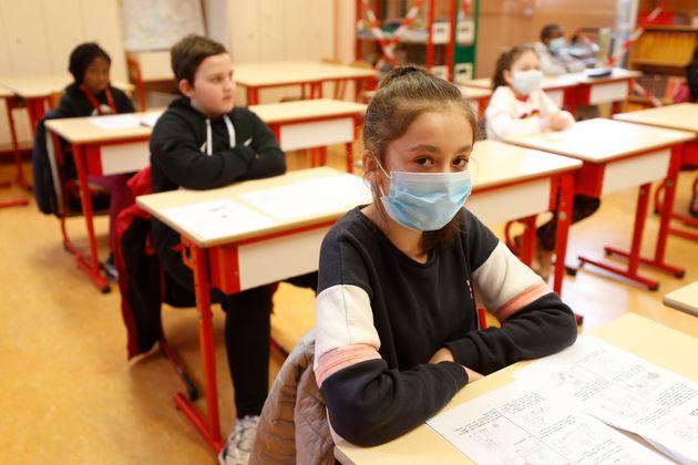 5월14일 프랑스 스트라스부르의 한 초등학교. 이번주에 전국의 유치원과 초등학교 중 86%가