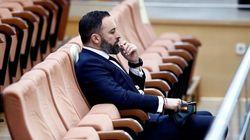 La 'triquiñuela' de Abascal para plantarse en la Asamblea de Madrid pese a estar prohibidos los