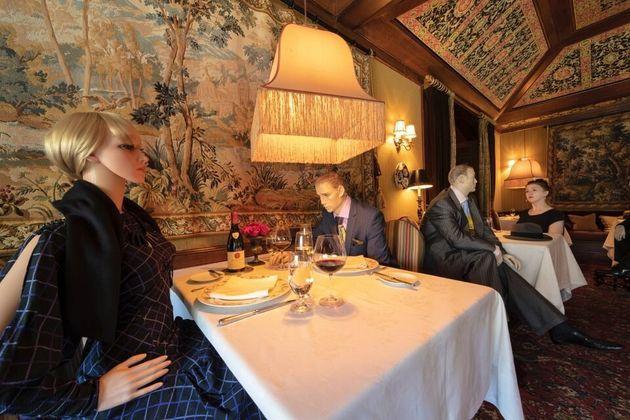 Dans ce restaurant trois étoiles en Virginie, vous pourrez manger avec des mannequins autour de