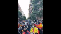 Un pediatra indignado triunfa en Twitter con su mensaje a los manifestantes del Barrio de