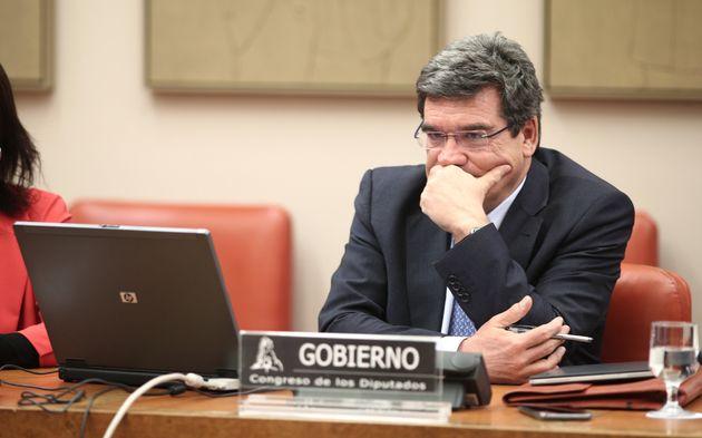 El ministro de Inclusión, Seguridad Social y Migraciones, José Luis Escrivá, comparece...