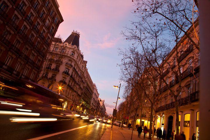 La calle Serrano, en el barrio de Salamanca en Madrid.