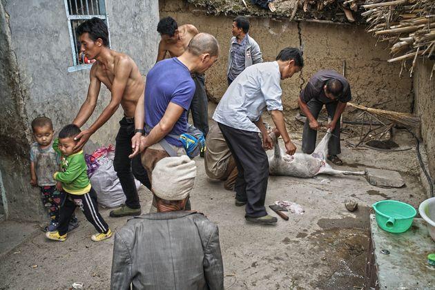 Κίνα: Απομακρύνθηκαν οι κάτοικοι από το πιο απρόσιτο χωριό του