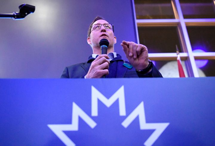 Conservative leadership candidate Peter MacKay speaks to supporters at a meet and greet event in Ottawa on Jan. 26, 2020.