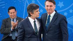 El ministro de Sanidad brasileño dimite en plena pandemia y tras menos de un mes en el