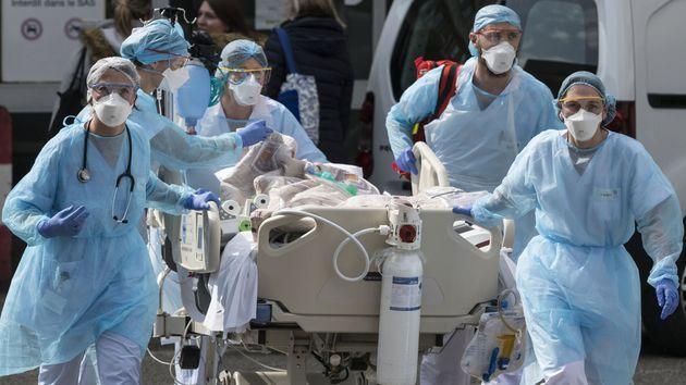 Le nombre de personnes hospitalisées en réanimation à cause du Covid-19 continue...