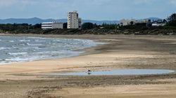 Le plan inventif de la Grande-Motte pour permettre de bronzer sur la plage malgré