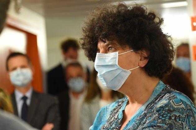 Frédérique Vidal en visitre dans un laboratoire à Montpellier le 30 avril