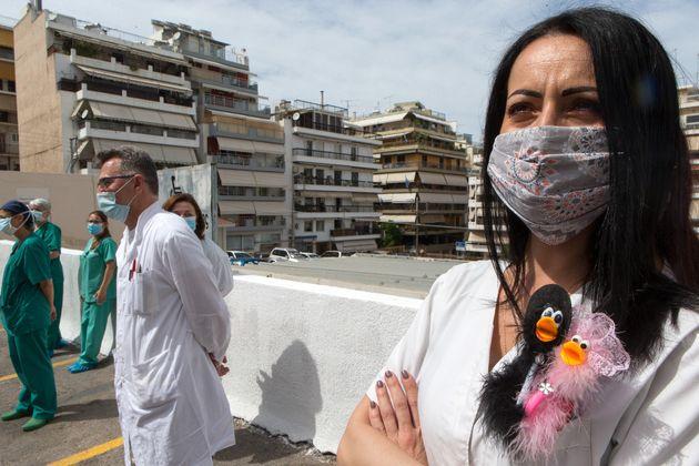 Φωτογραφία αρχείο - Ιατρικό και νοσηλευτικό προσωπικό στο νοσοκομείο Μεταξά 12 Μαΐου 2020 (Photo by Marios Lolos/Xinhua via Getty Images)