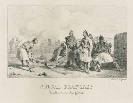 Λιθογραφία, αρχές 19ου αιώνα. Γάλλος αξιωματικός εκπαιδεύει Έλληνες στην χρήση κανονιών (Συλλογή