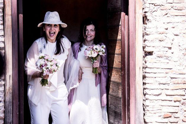 Daniela e Giovanna al termine della celebrazione dell'unione