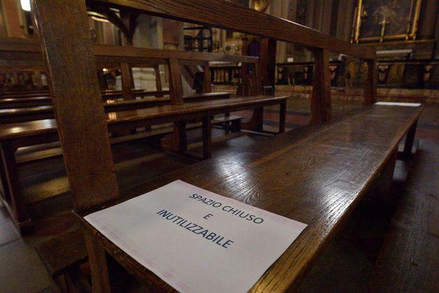 Ricominciano le funzioni religiose: da domani aperti il Duomo di Milano e San
