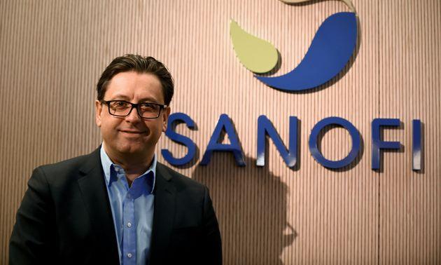 Le patron de Sanofi Paul Hudson, ici le 6 février à Paris, a envoyé un mail d'excuses...