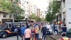 Una multitud vuelve a manifestarse sin respetar la distancia de seguridad por las calles de
